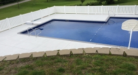 20x40 L Vinyl Pool with spray decking